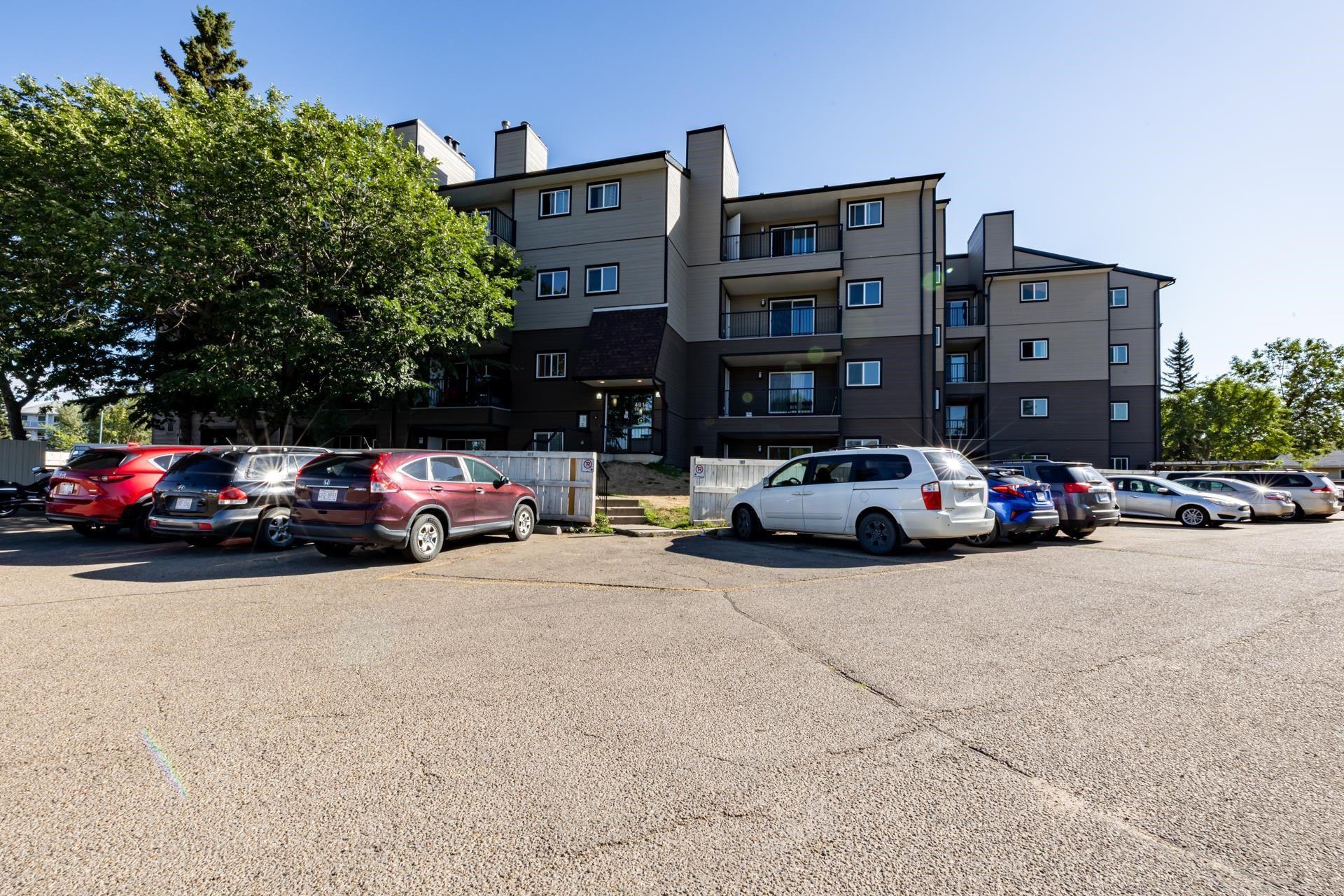 Main Photo: 104 4015 26 Avenue in Edmonton: Zone 29 Condo for sale : MLS®# E4259021