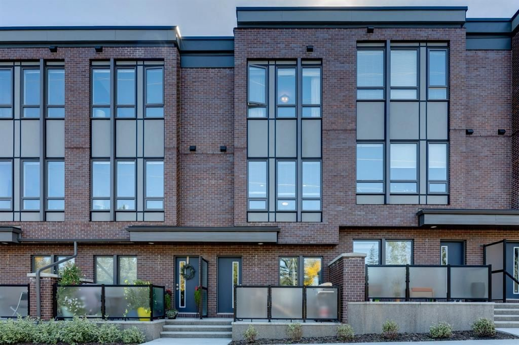 Main Photo: 4019 32 Avenue NW in Calgary: University District Row/Townhouse for sale : MLS®# A1149741
