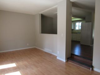 Photo 8: 9201 Morinville Drive in Morinville: Townhouse for rent