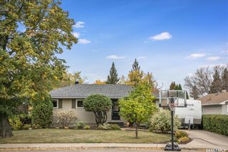 Photo 2: 2602 CUMBERLAND Avenue South in Saskatoon: Adelaide/Churchill Residential for sale : MLS®# SK871890