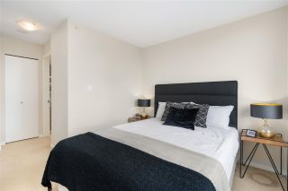 "Photo 15: 701 2483 SPRUCE Street in Vancouver: Fairview VW Condo for sale in ""SKYLINE ON BROADWAY"" (Vancouver West)  : MLS®# R2576030"