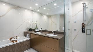 """Photo 17: 2173 ARGYLE Avenue in West Vancouver: Dundarave Townhouse for sale in """"The Marson"""" : MLS®# R2597720"""