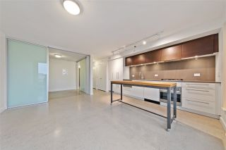 """Photo 2: 905 150 E CORDOVA Street in Vancouver: Downtown VE Condo for sale in """"Ingastown"""" (Vancouver East)  : MLS®# R2424973"""