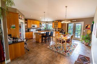 Photo 3: 818 Denham Crescent in Saskatoon: Hampton Village Residential for sale : MLS®# SK870822
