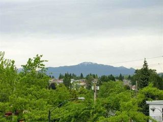 """Photo 4: 208 1202 LONDON ST in New Westminster: West End NW Condo for sale in """"LONDON PLACE"""" : MLS®# V595407"""