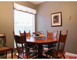 "Photo 4: 3030 TRETHEWEY Street in Abbotsford: Abbotsford West Townhouse for sale in ""Clearbrook Village"" : MLS®# F2700195"