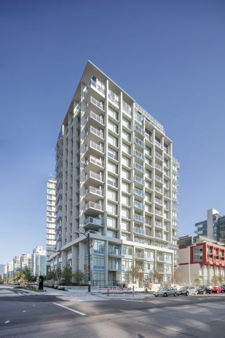 """Photo 17: 910 111 E 1ST Avenue in Vancouver: Mount Pleasant VE Condo for sale in """"Block 100"""" (Vancouver East)  : MLS®# R2125894"""