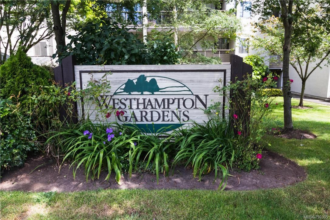 Main Photo: 207 2747 Quadra St in : Vi Hillside Condo for sale (Victoria)  : MLS®# 790305