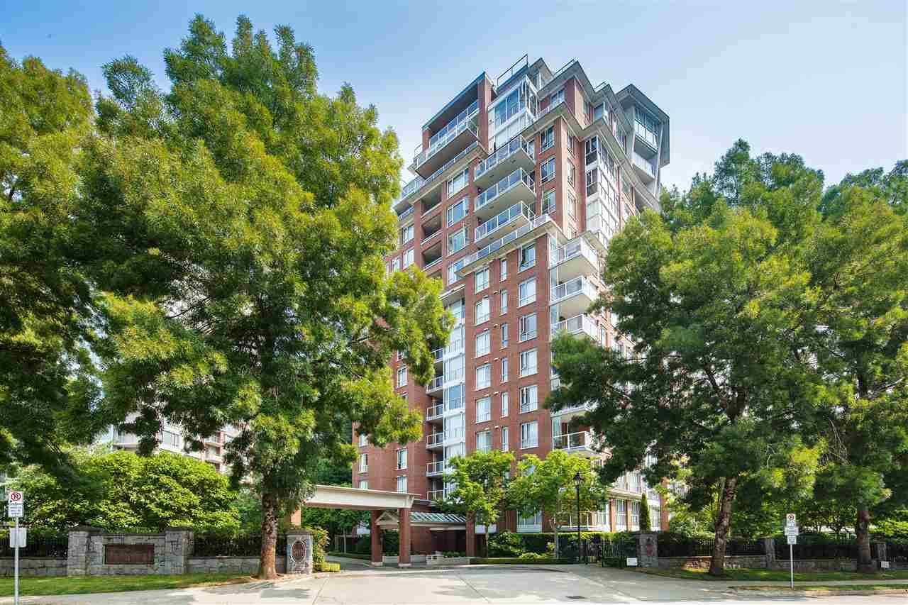 """Main Photo: 701 5615 HAMPTON Place in Vancouver: University VW Condo for sale in """"The Balmoral at Hampton"""" (Vancouver West)  : MLS®# R2195977"""