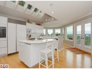 "Photo 5: 12784 SOUTHRIDGE Drive in Surrey: Panorama Ridge House for sale in ""Panorama Ridge"" : MLS®# F1117310"