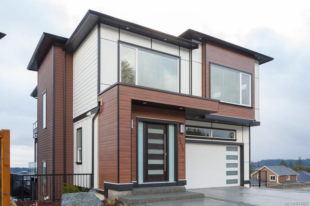 Main Photo: 2411 Azurite Cres in VICTORIA: La Bear Mountain House for sale (Langford)  : MLS®# 831867