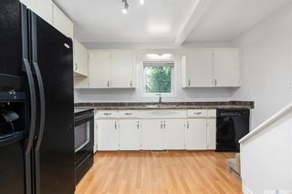 Photo 16: 405 27th Street West in Saskatoon: Caswell Hill Residential for sale : MLS®# SK864417