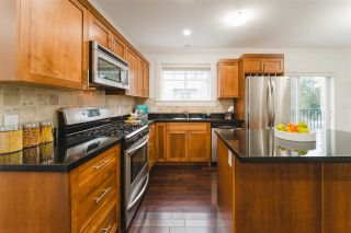 Photo 6: 780 ST. GEORGES AVENUE in North Vancouver: Central Lonsdale Townhouse for sale : MLS®# R2452292