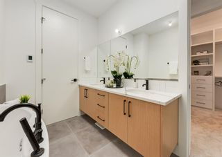 Photo 12: 1106 22 Avenue NW in Calgary: Capitol Hill Detached for sale : MLS®# A1120272