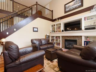 Photo 4: 2182 Stone Gate in VICTORIA: La Bear Mountain House for sale (Langford)  : MLS®# 808396