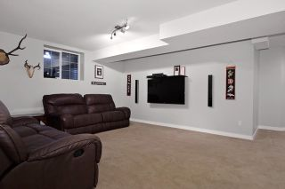 """Photo 15: 7094 200A Street in Langley: Willoughby Heights House for sale in """"WILLOUGHBY HEIGHTS"""" : MLS®# R2009244"""