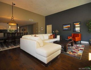 Photo 2: 6 3240 Holgate Lane in : Co Lagoon Row/Townhouse for sale (Colwood)  : MLS®# 872288