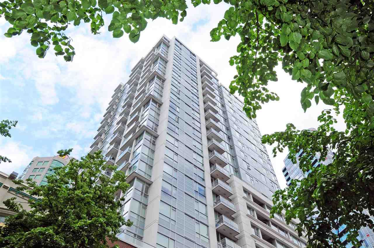 "Main Photo: 1306 821 CAMBIE Street in Vancouver: Downtown VW Condo for sale in ""RAFFLES ON ROBSON"" (Vancouver West)  : MLS®# R2186091"