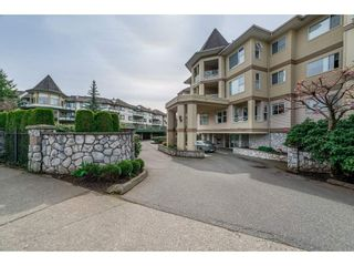 "Photo 29: 210 20120 56 Avenue in Langley: Langley City Condo for sale in ""BLACKBERRY LANE"" : MLS®# R2531152"