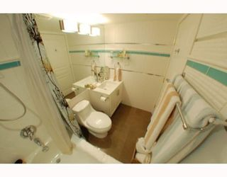 """Photo 5: 1102 1189 HOWE Street in Vancouver: Downtown VW Condo for sale in """"THE GENESIS"""" (Vancouver West)  : MLS®# V779458"""