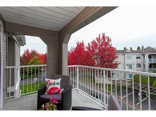 """Photo 18: 305 20896 57 Avenue in Langley: Langley City Condo for sale in """"BAYBERRY LANE"""" : MLS®# R2214120"""