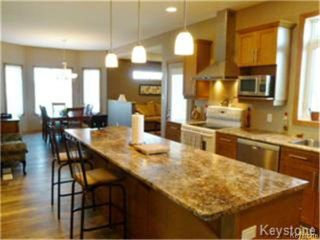Photo 9: 96 Veert Road in WINNIPEG: South St Vital Residential for sale (South East Winnipeg)  : MLS®# 1325224