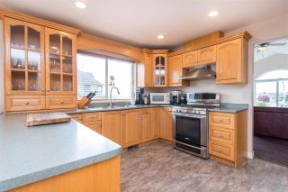 """Photo 14: 7978 WEATHERHEAD Court in Mission: Mission BC House for sale in """"COLLEGE HEIGHTS"""" : MLS®# R2579049"""