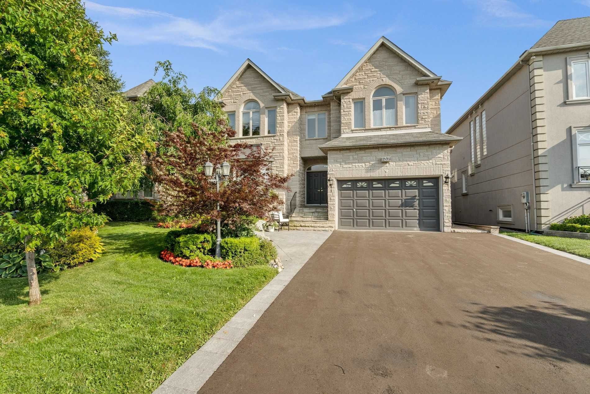 137 Rodeo Drive Thornhill