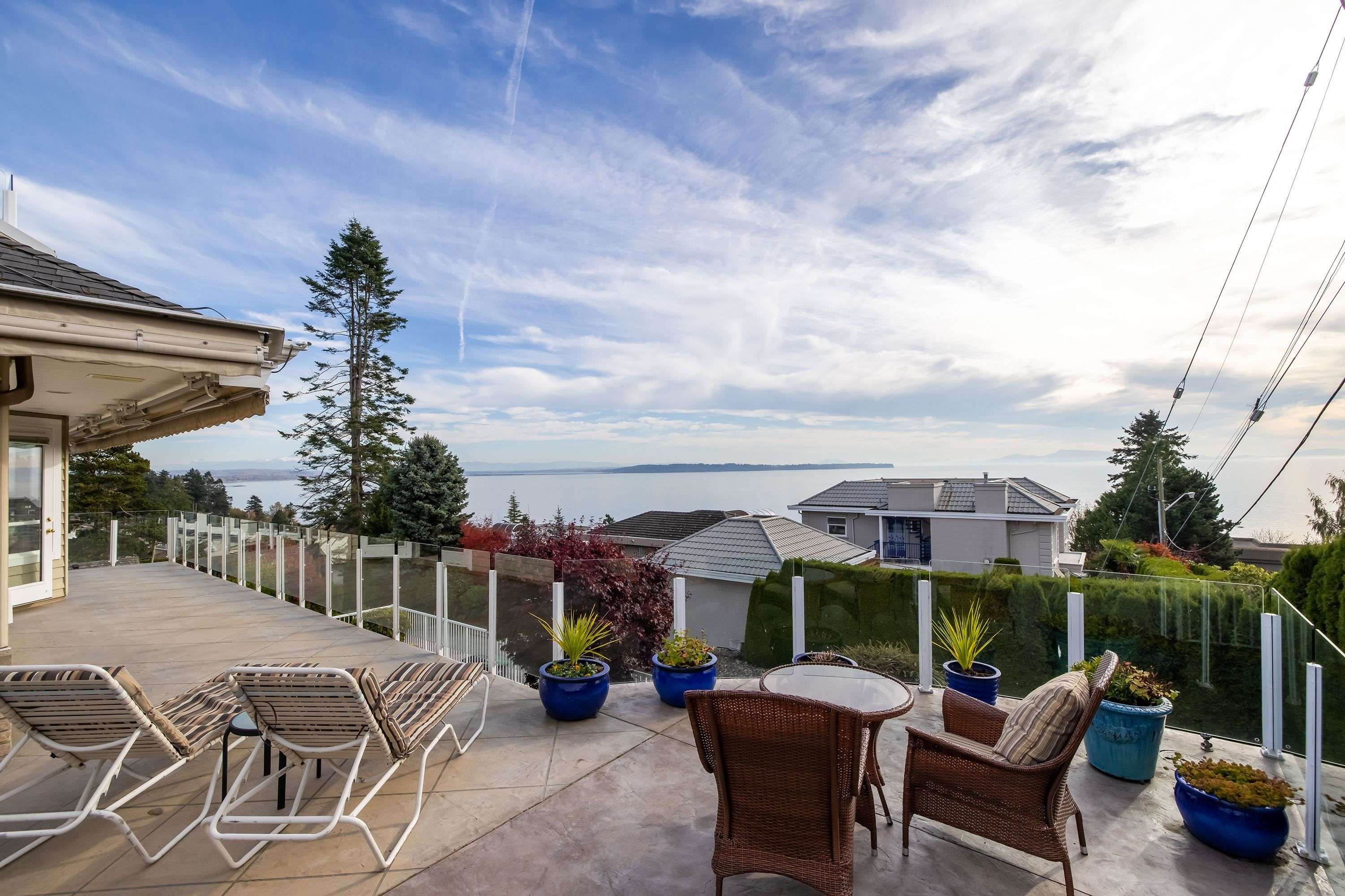 Main Photo: 1330 131 Street in Surrey: Crescent Bch Ocean Pk. House for sale (South Surrey White Rock)  : MLS®# R2612809
