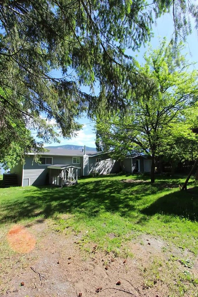 Photo 44: Photos: 1475 Little Shuswap Lake Road in Chase: Little Shuswap Lake House for sale : MLS®# 10205518