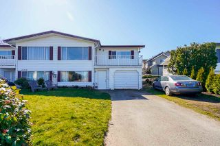 Photo 2: A 46520 ROLINDE Crescent in Chilliwack: Chilliwack E Young-Yale 1/2 Duplex for sale : MLS®# R2565387