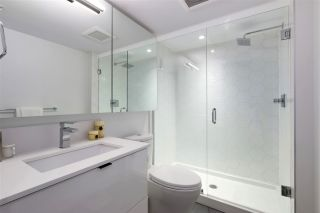 """Photo 7: 210 630 E BROADWAY in Vancouver: Mount Pleasant VE Condo for sale in """"MIDTOWN MODERN"""" (Vancouver East)  : MLS®# R2466834"""