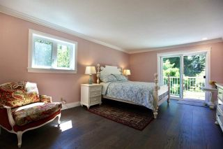 """Photo 16: 2683 NORTHCREST Drive in Surrey: Sunnyside Park Surrey House for sale in """"Woodshire Park"""" (South Surrey White Rock)  : MLS®# R2487213"""