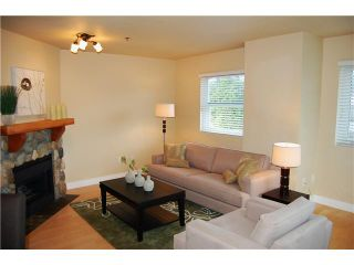 """Photo 2: 1 3189 ASH Street in Vancouver: Fairview VW Condo for sale in """"FAIRVIEW"""" (Vancouver West)  : MLS®# V828474"""