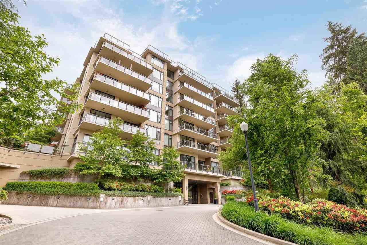 """Main Photo: 905 1415 PARKWAY Boulevard in Coquitlam: Westwood Plateau Condo for sale in """"CASCADE"""" : MLS®# R2588709"""