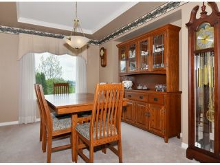 Photo 5: 5097 219A Street in Langley: Murrayville House for sale : MLS®# F1410661