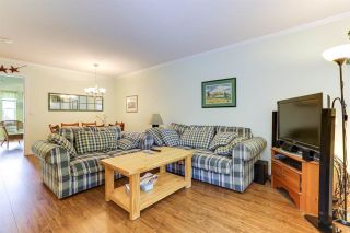 """Photo 3: 15 23085 118 Street in Maple Ridge: West Central Townhouse for sale in """"SOMERVILLE GARDENS"""" : MLS®# R2585774"""