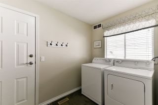 """Photo 9: 21568 86A Crescent in Langley: Walnut Grove House for sale in """"Forest Hills"""" : MLS®# R2276258"""