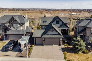 Photo 2: 218 Valley Crest Court NW in Calgary: Valley Ridge Detached for sale : MLS®# A1101565
