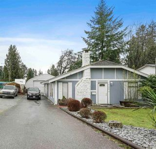 Photo 3: 21980 WICKLOW Way in Maple Ridge: West Central House for sale : MLS®# R2548063
