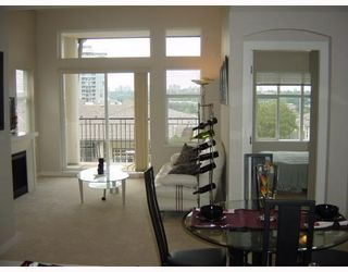 Photo 2: 409 4799 Brentwood Dr. in Burnaby: Brentwood Park Condo for sale (Burnaby North)  : MLS®# V729814