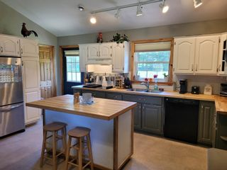 Photo 2: 717 Seaman Street in East Margaretsville: 400-Annapolis County Residential for sale (Annapolis Valley)  : MLS®# 202117318