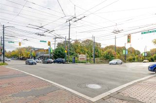 """Photo 24: 401 2108 W 38TH Avenue in Vancouver: Kerrisdale Condo for sale in """"the Wilshire"""" (Vancouver West)  : MLS®# R2510229"""