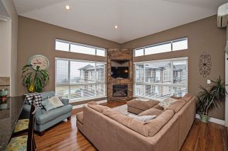"""Photo 3: B312 33755 7TH Avenue in Mission: Mission BC Condo for sale in """"The Mews"""" : MLS®# R2147936"""