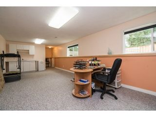 "Photo 16: 33232 PLAXTON Crescent in Abbotsford: Central Abbotsford House for sale in ""Mill Lake area"" : MLS®# R2156043"