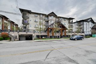 "Photo 1: 307 5488 198 Street in Langley: Langley City Condo for sale in ""BROOKLYN WYND"" : MLS®# R2044430"