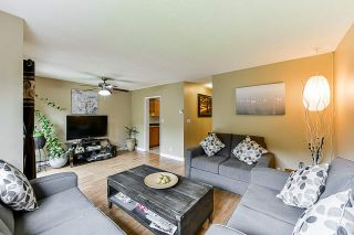 """Photo 4: 93 13880 74 Avenue in Surrey: East Newton Townhouse for sale in """"Wedgewood Estates"""" : MLS®# R2366650"""