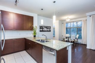 Photo 3: 109 101 MORRISSEY ROAD in Port Moody: Port Moody Centre Condo for sale : MLS®# R2138128