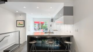 """Photo 11: 2180 W 8TH Avenue in Vancouver: Kitsilano Townhouse for sale in """"Canvas"""" (Vancouver West)  : MLS®# R2605836"""