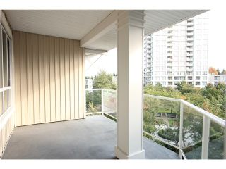 Photo 9: 411 3551 FOSTER Avenue in Vancouver: Collingwood VE Condo for sale (Vancouver East)  : MLS®# V1031933
